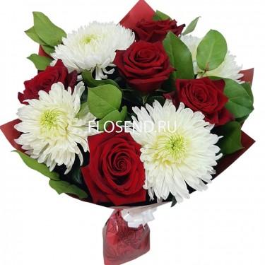 Букет из 5 роз и 4 хризантем